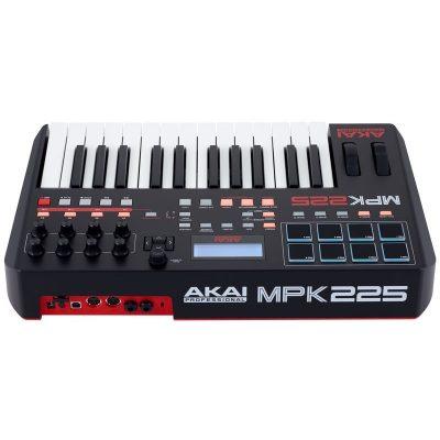 Akai MPK225 4