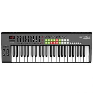 Novation Launchkey 49 - controlador midi