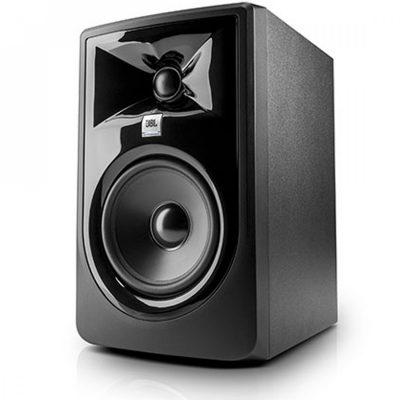 jbl-lsr305-mkii-powered-studio-monitor-angle