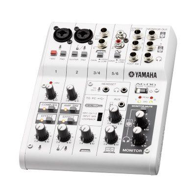 Yamaha_AG06_6_Channel_Mixer_and_USB_Interface_2.jpg